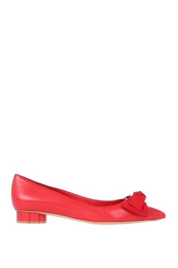 Preload https://img-static.tradesy.com/item/22762452/salvatore-ferragamo-red-talla-ballerina-flats-size-us-55-regular-m-b-0-0-540-540.jpg