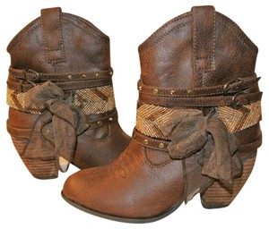 Not Rated Western Cowboy Beaded Bows BROWN Boots