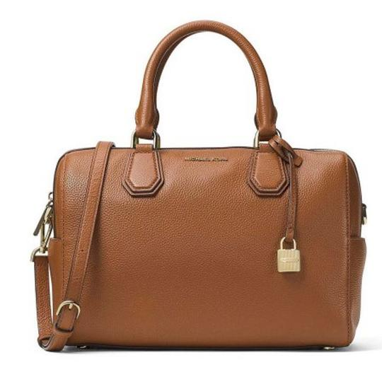 Michael Kors Leather Crossbody Mercer Satchel in luggage