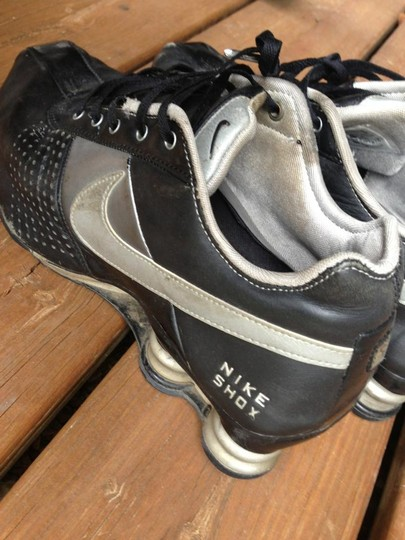 Nike Leather Shox Used Tennishoes Black Athletic