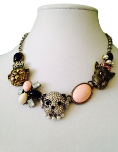 Betsey Johnson NWOT Puppy & Multi-Stone Necklace