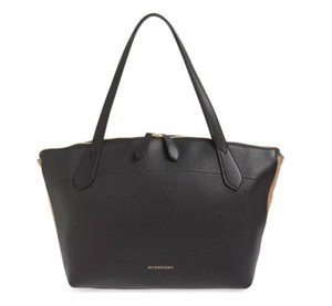 Burberry Canterbury House Check Shoulder Leather Tote in Black