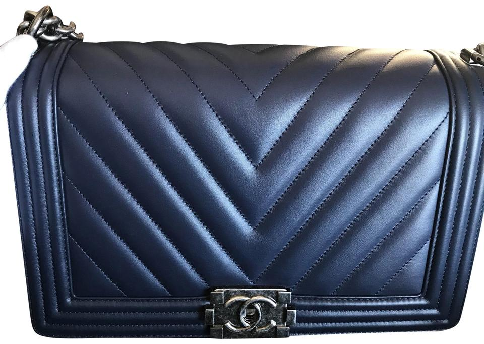 4500e4b1767b6f Chanel Boy New Medium Dark Navy Blue Lambskin Leather Shoulder Bag ...