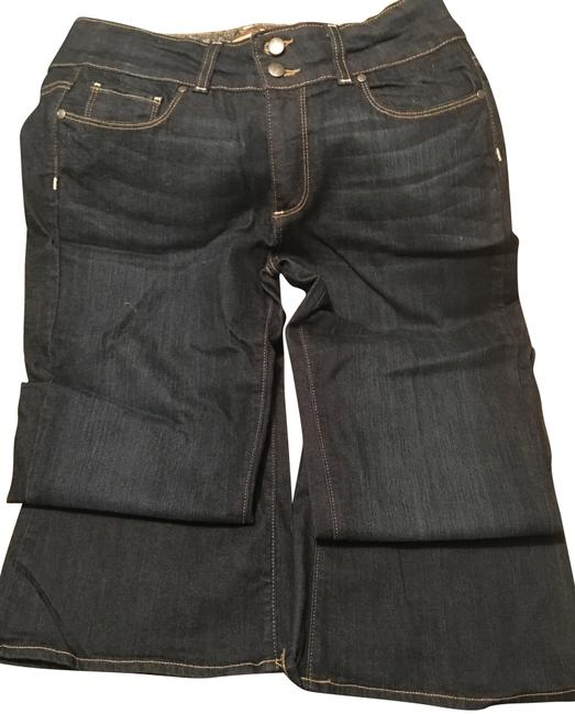 Item - Dark Rinse Relaxed Fit Jeans Size 30 (6, M)
