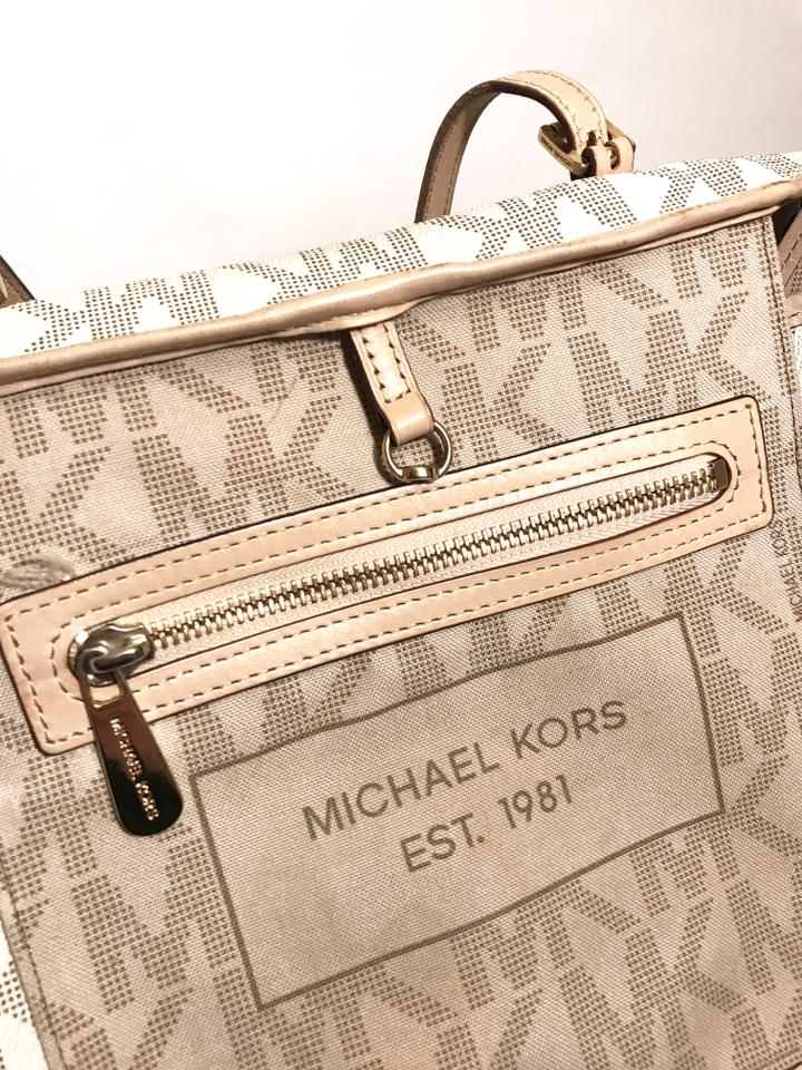 43f4407f7ab8 Michael Kors Vuitton Neverfull Damier Azur Tote in Vanilla Image 8.  123456789