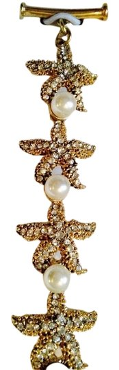 Preload https://item3.tradesy.com/images/bella-jack-goldwhite-mia-starfish-cubic-zirconia-and-pearl-bracelet-only-matching-earrings-seperatel-2276902-0-0.jpg?width=440&height=440