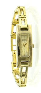 98d04beb5f1 Gucci Gold Watches - Up to 70% off at Tradesy (Page 2)