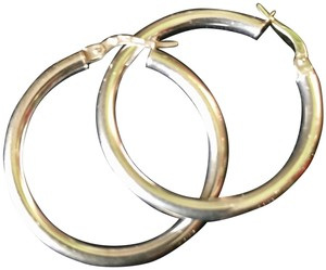 Blue Nile Blue Nile 18K white gold round hoop earrings Italy
