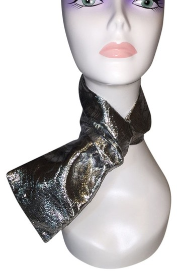 """Other """"Silver Waves"""" Silver Jacquard Scarf; [ Roxanne Anjou Closet ]"""