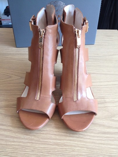 Vince Camuto Fudge brown Pumps