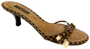 Louis Vuitton Heels Leather Brown checkered damier Pumps