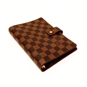 8727c465898f Louis Vuitton Agenda MM - Up to 70% off at Tradesy