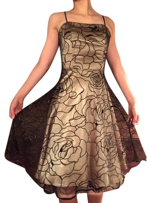 Item - Gold Shimmery 50's Style Illusion Prom Mid-length Cocktail Dress Size 0 (XS)