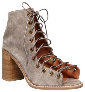 Jeffrey Campbell Shootie Anthropologie Free People Nasty Gal Taupe Boots