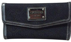 Guess Guess Wallet