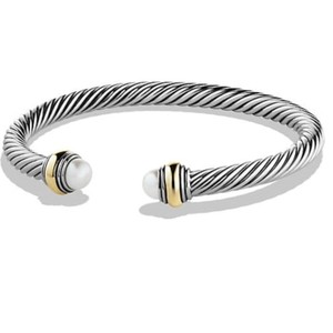 David Yurman BRAND NEW!! NEVER WORN!! David Yurman Pearl 14 Karat Yellow Gold and Sterling Silver Cable Bracelet