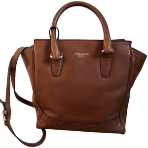 Coach Leather Glovetanned Leather Tote in Cognac Brown
