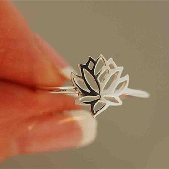 Other New Size 6, Tiny Silver Lotus Flower Ring Image 1