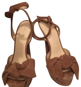 Pelle Moda brown nude Pumps