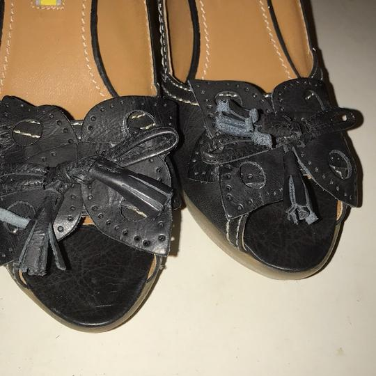 Manas Design charcoal Platforms Image 6