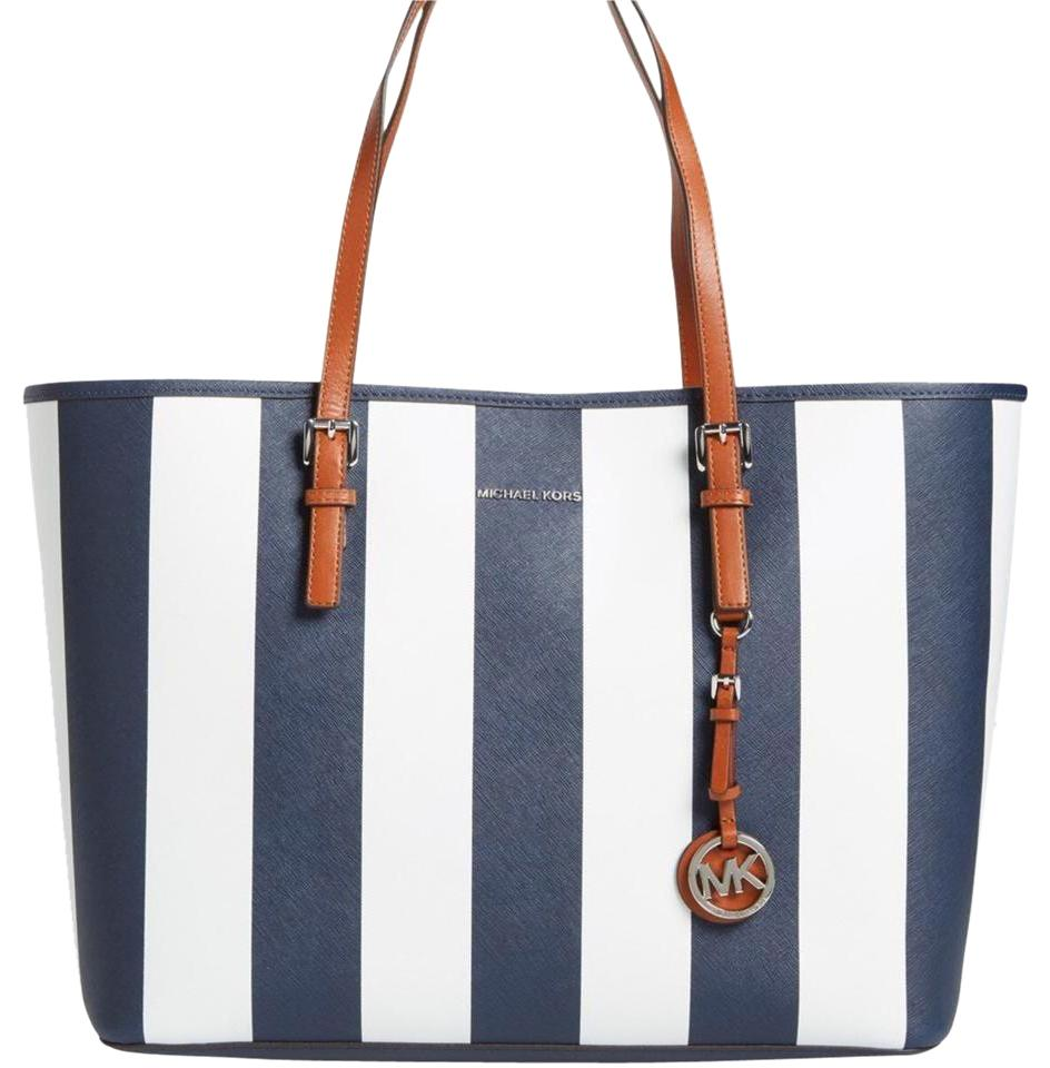 Michael Kors Saffiano Leather Mk Travel Jet Set Large Tote In Navy