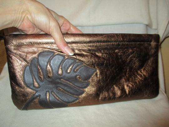 Great American Leather Works Metallic copper & brown Clutch Image 3