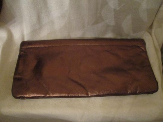 Great American Leather Works Metallic copper & brown Clutch Image 6