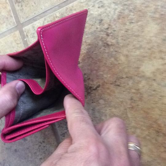 Coach double fold wallet with coin pocket Image 6
