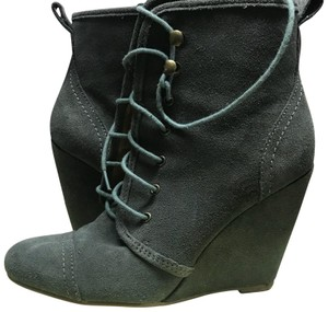 Kimchi Blue Wedge Urban Outfitters Suede gray Boots