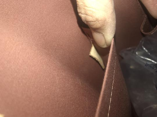 Louis Vuitton Tote in Taupe glace Image 11