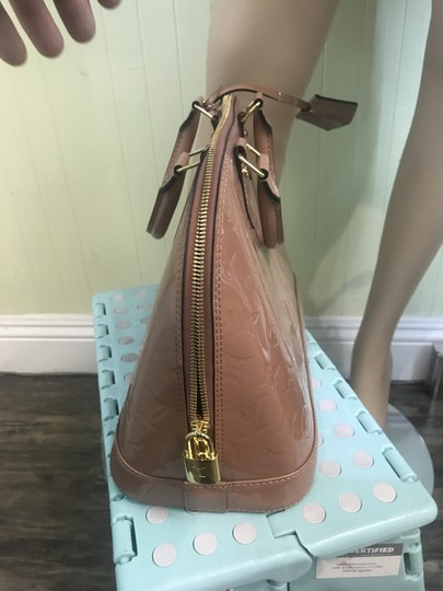 Louis Vuitton Tote in Taupe glace Image 6