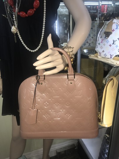 Louis Vuitton Tote in Taupe glace Image 9