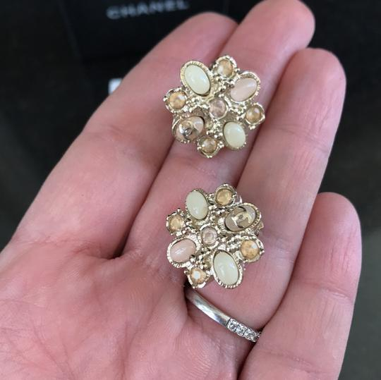 Chanel clip on costumes jeweled earrings baby pink Image 6