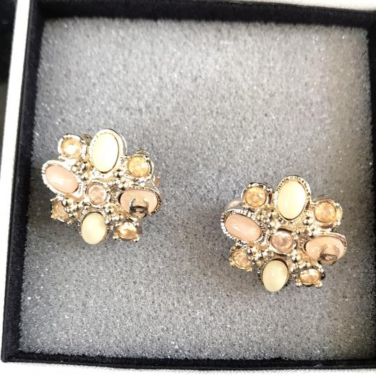 Chanel clip on costumes jeweled earrings baby pink Image 7