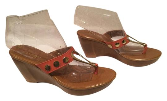 Preload https://item1.tradesy.com/images/mila-paoli-gold-with-leather-brown-sandals-2278225-0-0.jpg?width=440&height=440