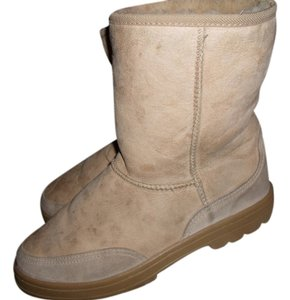 UGG BOOTS TAN Boots