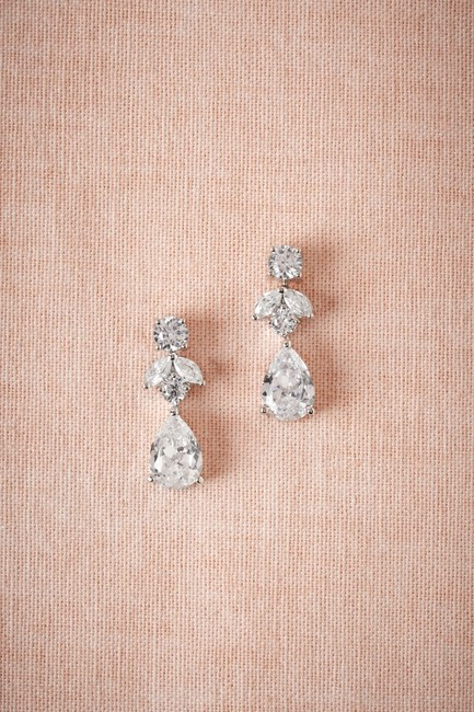 Item - Crystal and Silver New Petite Drop Earrings