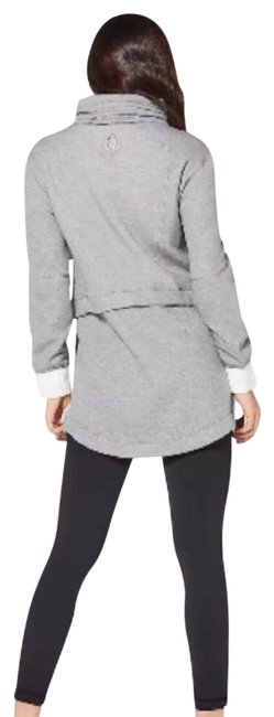 Item - White and Gray Light As Warmth Jacket Size 8 (M)