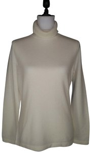 Pure Collection Cashmere Turtleneck Soft Sweater