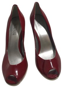 Kenneth Cole Reaction Red and cream Pumps