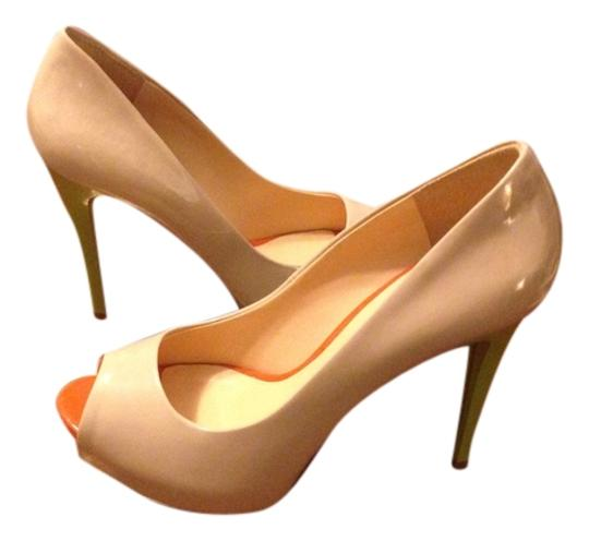Guess Nude Pumps
