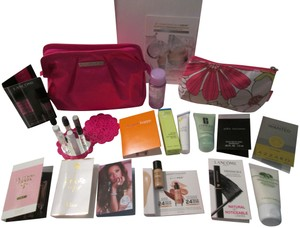 Clinique CLINIQUE 3 Gift sets Cosmetic bags 39 Pc. /Sample fragrance,skincare