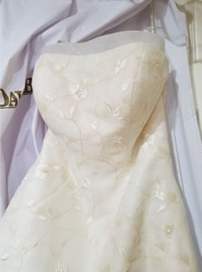 Monique Luo Ivory By with Taffeta Overlay Retro Wedding Dress Size 4 (S)