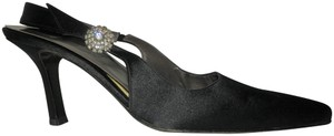 Vera Wang Slingback Rhinestone Forma Spain Black Pumps