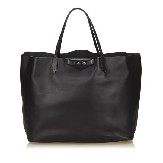 Preload https://img-static.tradesy.com/item/22794074/givenchy-antigona-black-leather-x-others-tote-0-0-540-540.jpg