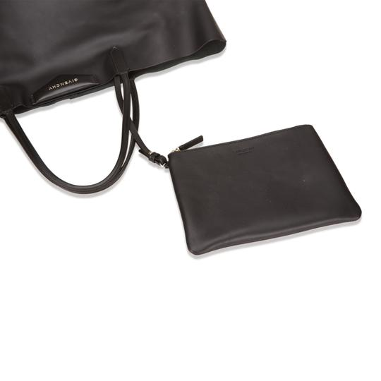 Givenchy 6egvto002 Tote in Black Image 6