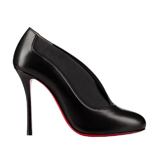 Preload https://img-static.tradesy.com/item/22795090/christian-louboutin-black-toot-couverte-100-leather-heel-bootie-pumps-size-eu-39-approx-us-9-regular-0-0-540-540.jpg