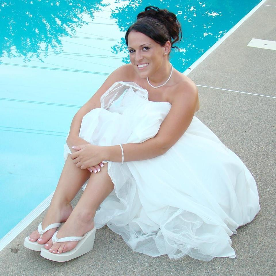 Flip with Elegance Flops Bridal Crystals by Ivory amp; Sequins Sandals Carbonneau InnwqAB1