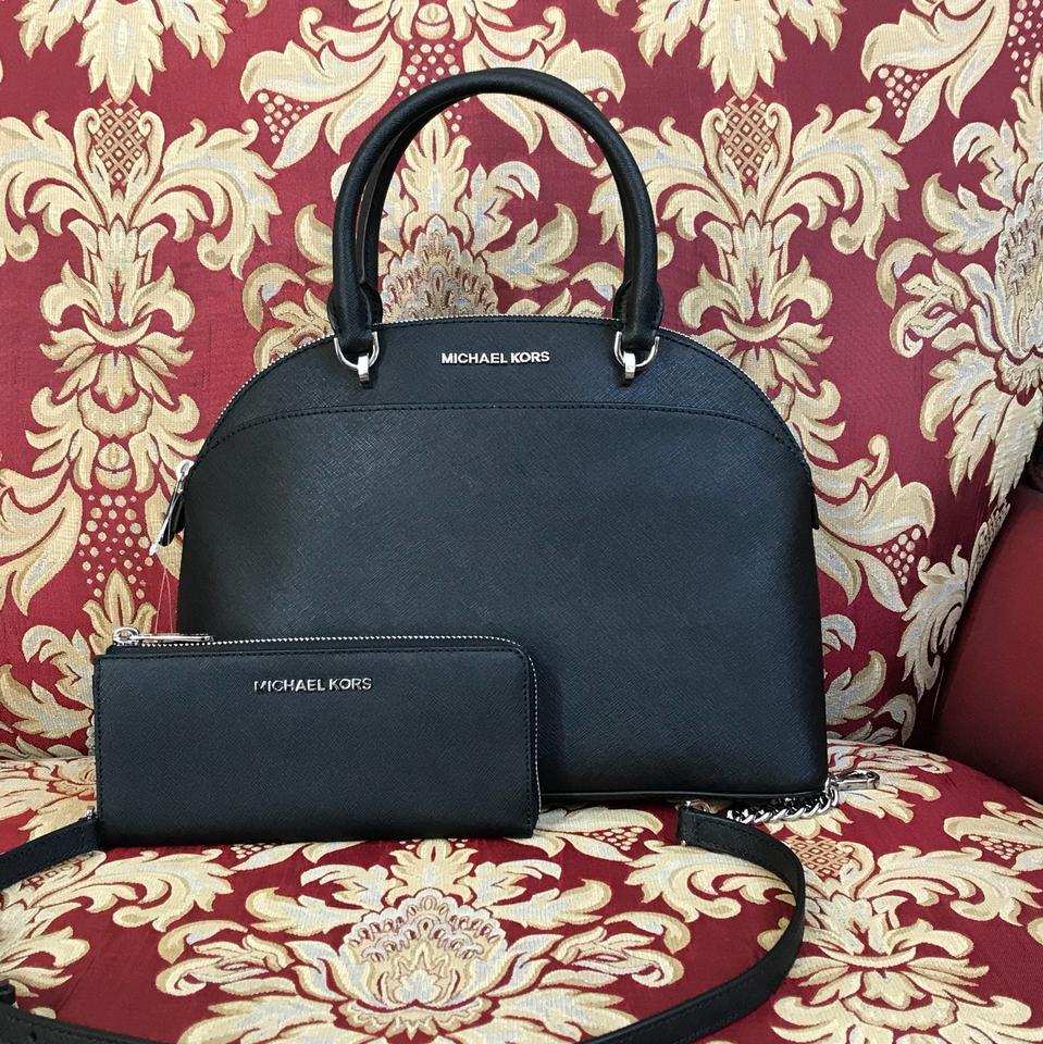 3aa451ed3aadc0 MICHAEL Michael Kors Emmy Crossbody Strap Large Leather Satchel in black  Image 0 ...