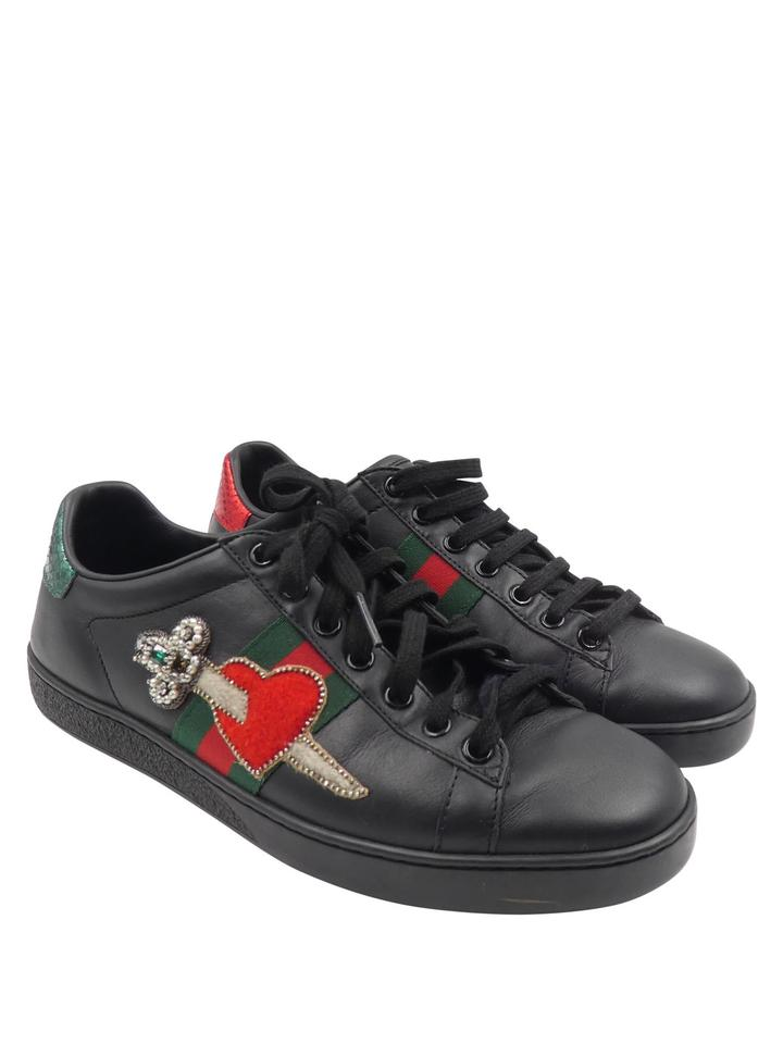 29fc4ae10 Gucci Heart Low Top Crystal Stripe Leather black red green Athletic Image 0  ...